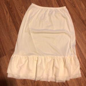 Ivory skirt extender